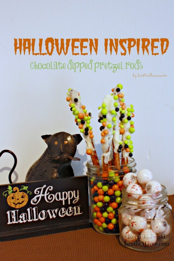 Halloween Inspired Chocolate Dipped Pretzel Rods #SweetworksFall #ad