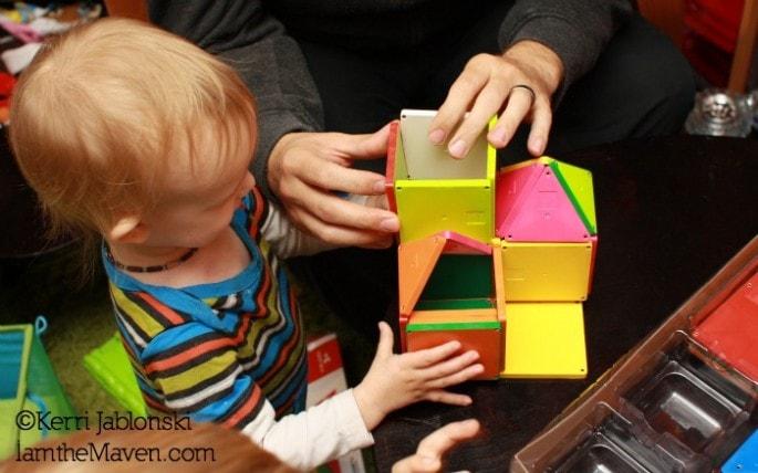 Little Kids Help Build #TargetToys #CollectiveBias #Shop